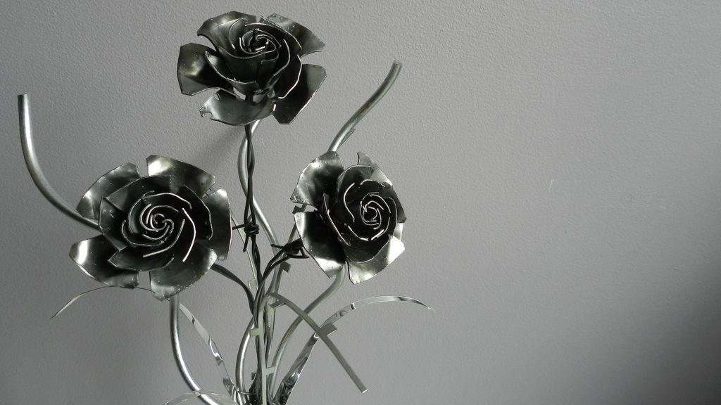 3 Flowers 013 16 9